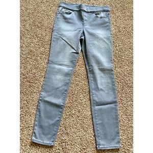 Gloria Vanderbilt women 8 Avery gray skinny jeans